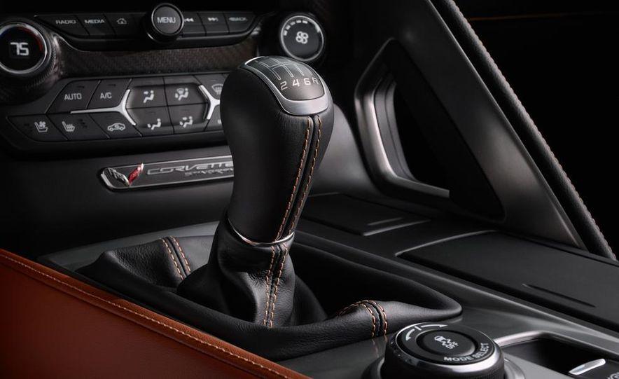 2015 Chevrolet Corvette Stingray coupe - Slide 62