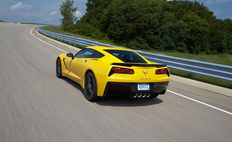 2015 Chevrolet Corvette Stingray coupe - Slide 4