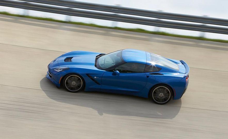 2015 Chevrolet Corvette Stingray coupe - Slide 17