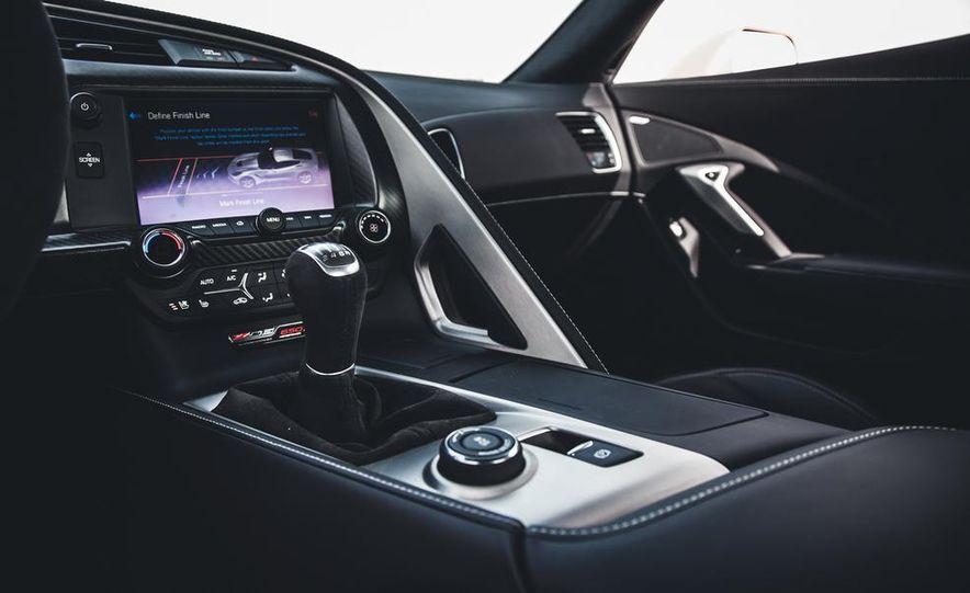 2015 Chevrolet Corvette Z06 - Slide 27