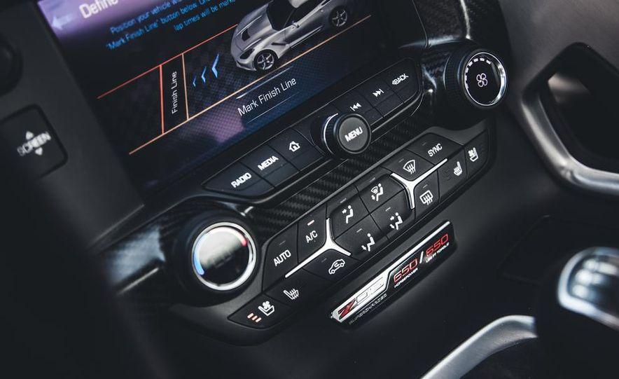 2015 Chevrolet Corvette Z06 - Slide 28