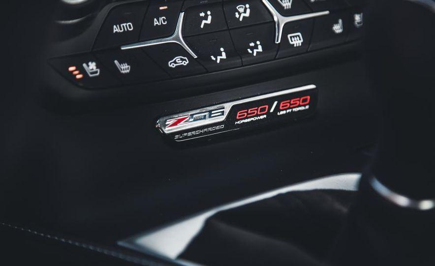 2015 Chevrolet Corvette Z06 - Slide 31