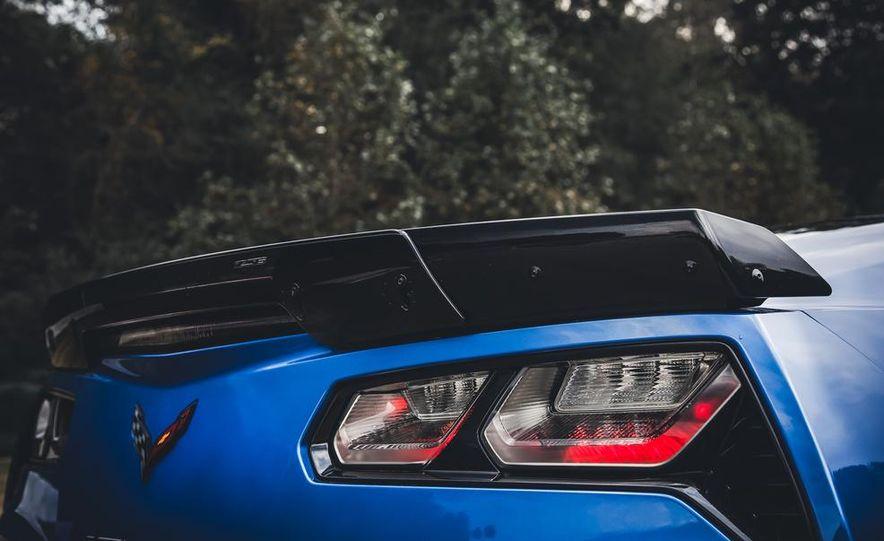 2015 Chevrolet Corvette Z06 - Slide 17
