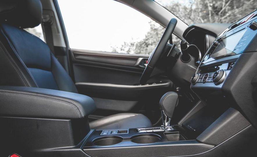 2015 Subaru Legacy 3.6R Limited - Slide 24
