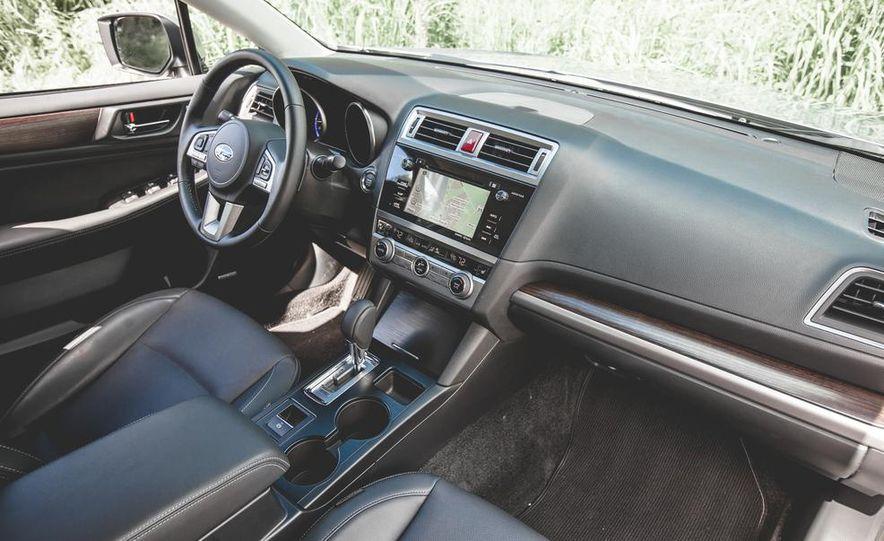 2015 Subaru Legacy 3.6R Limited - Slide 25