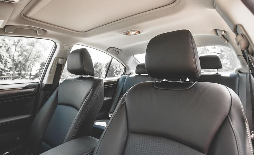 2015 Subaru Legacy 3.6R Limited - Slide 27