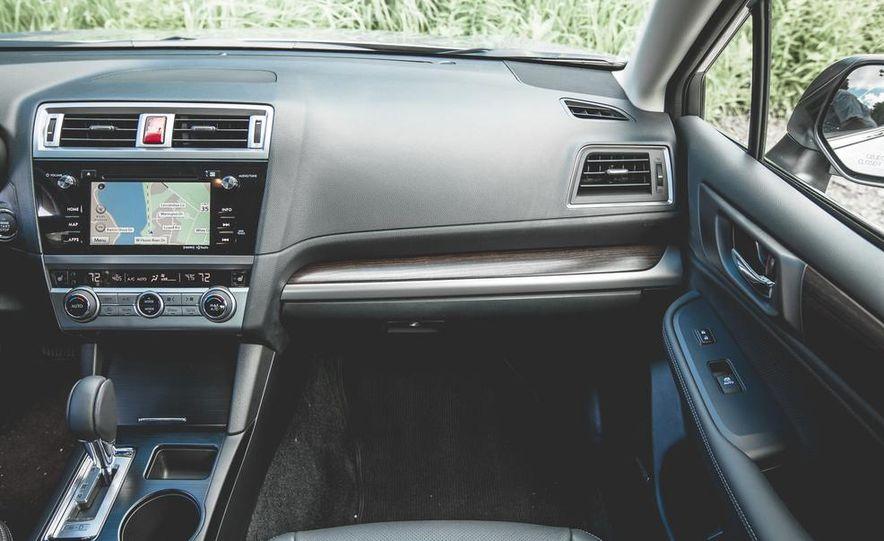 2015 Subaru Legacy 3.6R Limited - Slide 34