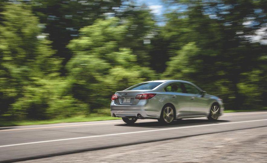 2015 Subaru Legacy 3.6R Limited - Slide 8