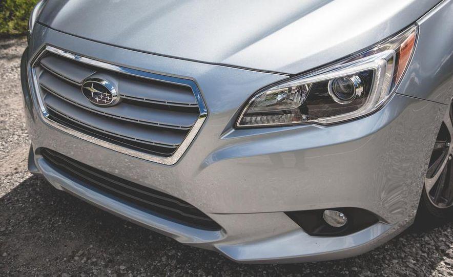 2015 Subaru Legacy 3.6R Limited - Slide 11