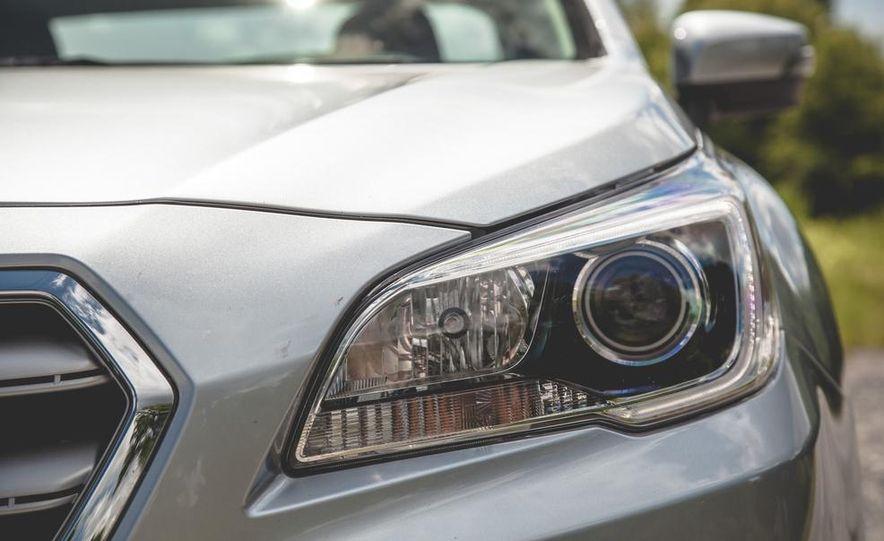 2015 Subaru Legacy 3.6R Limited - Slide 13