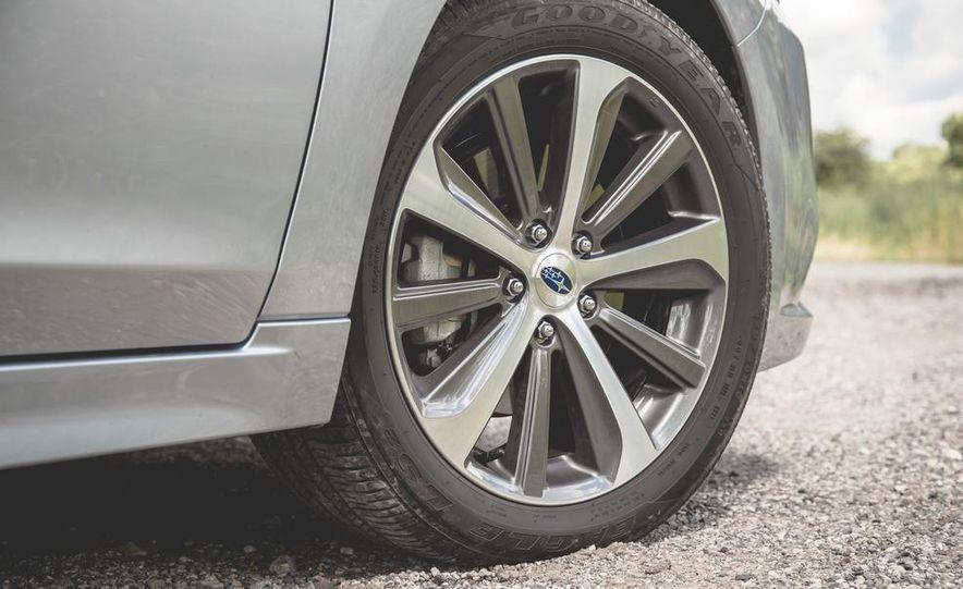 2015 Subaru Legacy 3.6R Limited - Slide 16