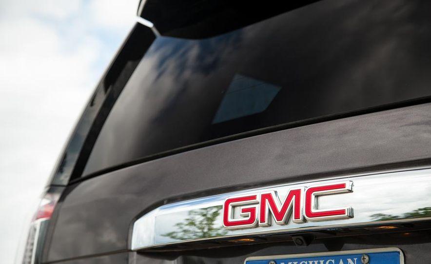 2015 GMC Yukon XL Denali 4WD - Slide 64