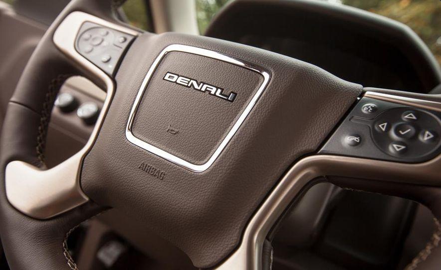 2015 GMC Yukon XL Denali 4WD - Slide 76