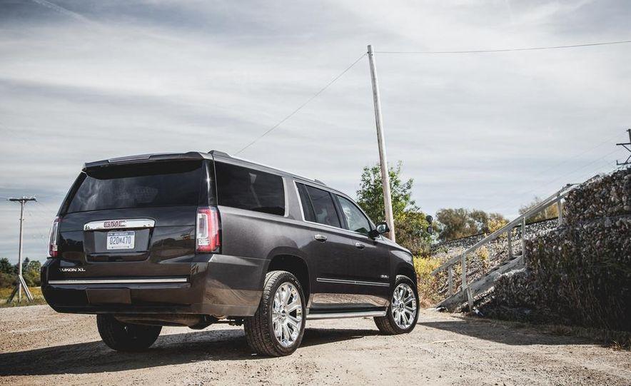 2015 GMC Yukon XL Denali 4WD - Slide 48