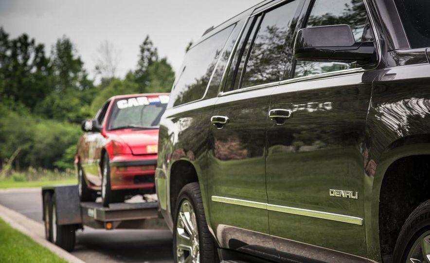 2015 GMC Yukon XL Denali 4WD - Slide 5