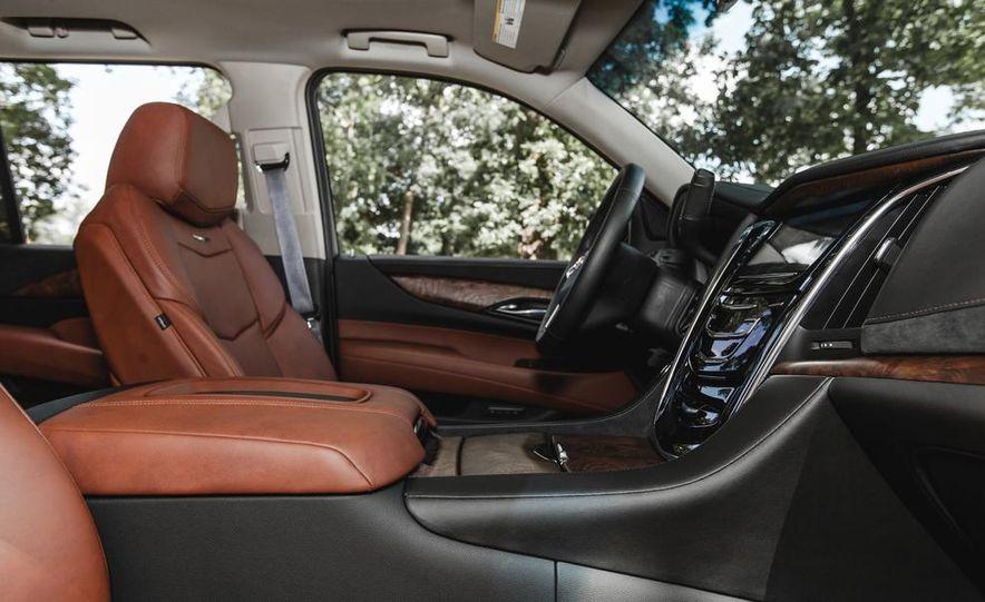 2015 Cadillac Escalade Premium AWD - Slide 38