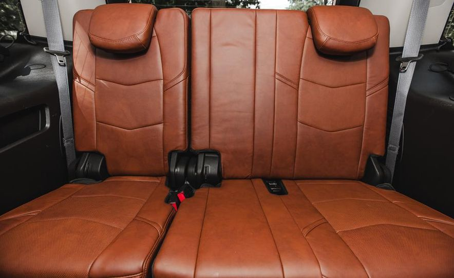 2015 Cadillac Escalade Premium AWD - Slide 45