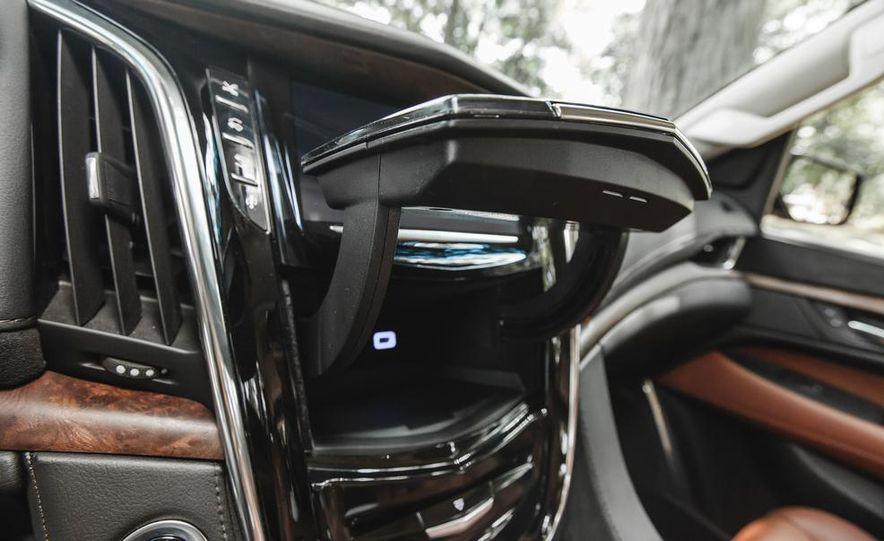 2015 Cadillac Escalade Premium AWD - Slide 56