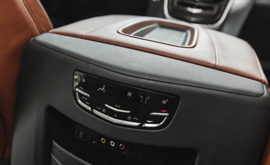 2015 Cadillac Escalade Premium AWD - Slide 59