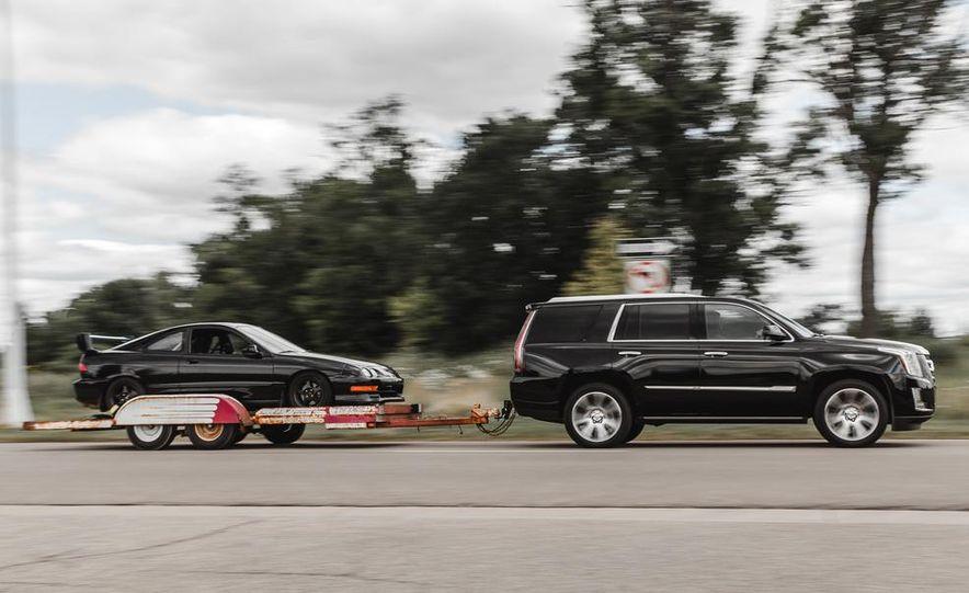 2015 Cadillac Escalade Premium AWD - Slide 3