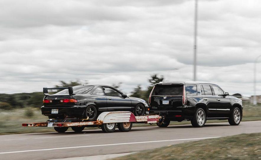2015 Cadillac Escalade Premium AWD - Slide 4