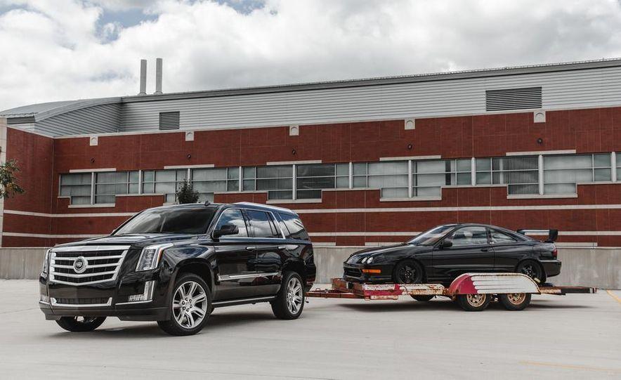 2015 Cadillac Escalade Premium AWD - Slide 13
