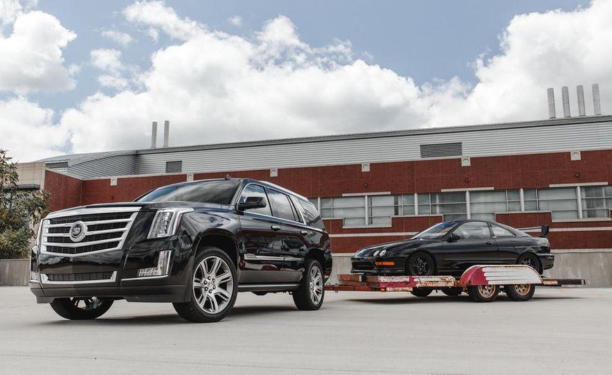 2015 Cadillac Escalade Premium AWD - Slide 14