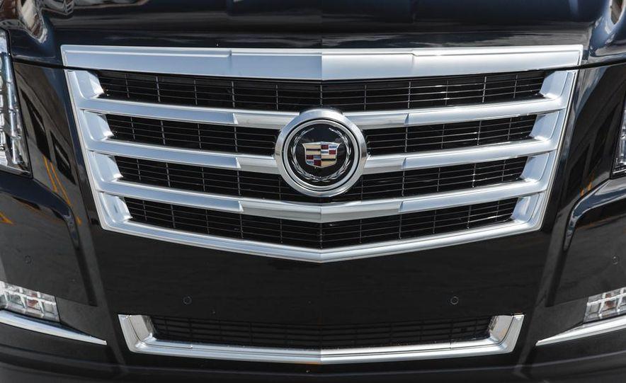 2015 Cadillac Escalade Premium AWD - Slide 20