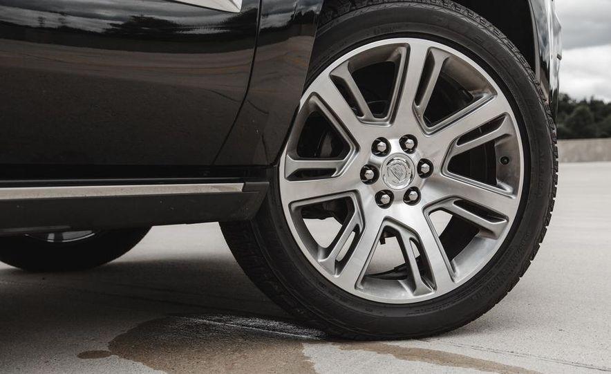 2015 Cadillac Escalade Premium AWD - Slide 25