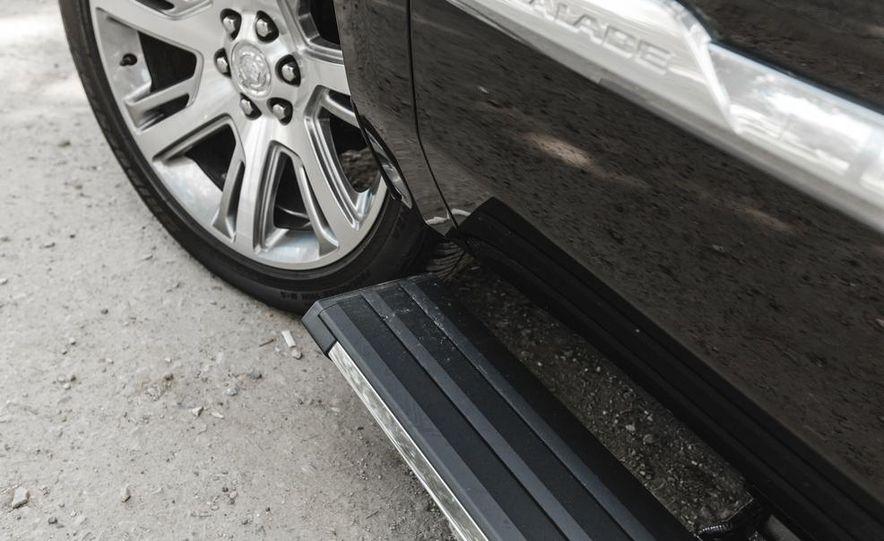 2015 Cadillac Escalade Premium AWD - Slide 28