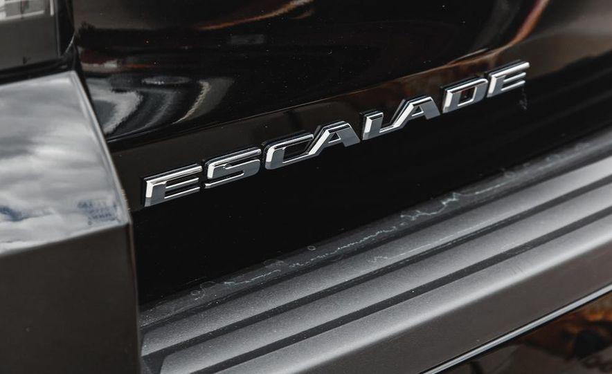 2015 Cadillac Escalade Premium AWD - Slide 33