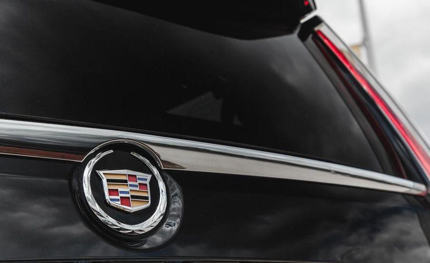 2015 Cadillac Escalade Premium AWD - Slide 34