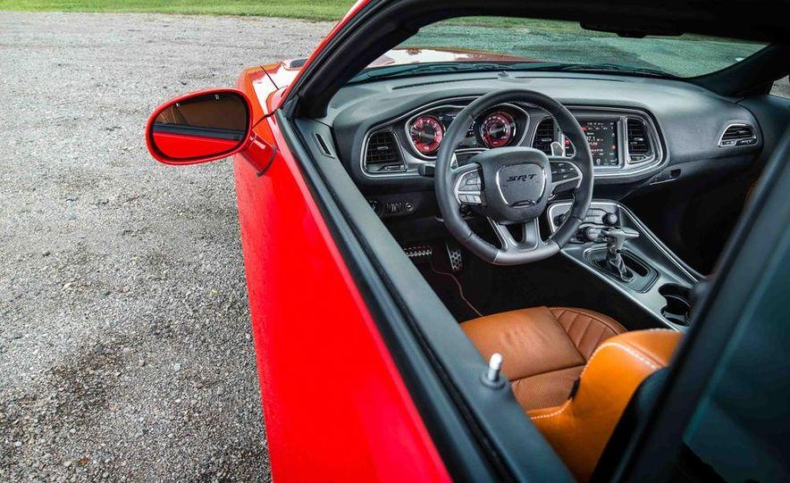 2015 Dodge Challenger SRT Hellcats - Slide 40
