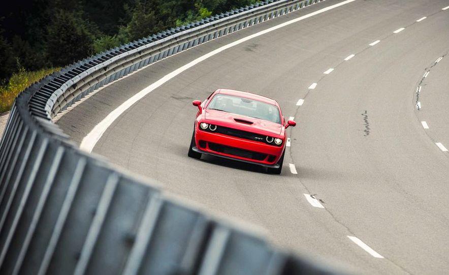 2015 Dodge Challenger SRT Hellcats - Slide 20