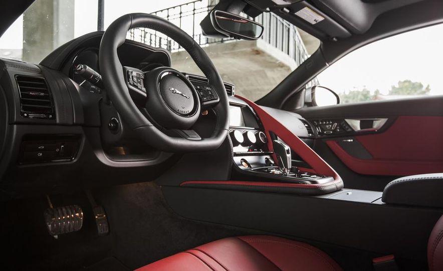 2015 Jaguar F-type V-6 S coupe - Slide 22