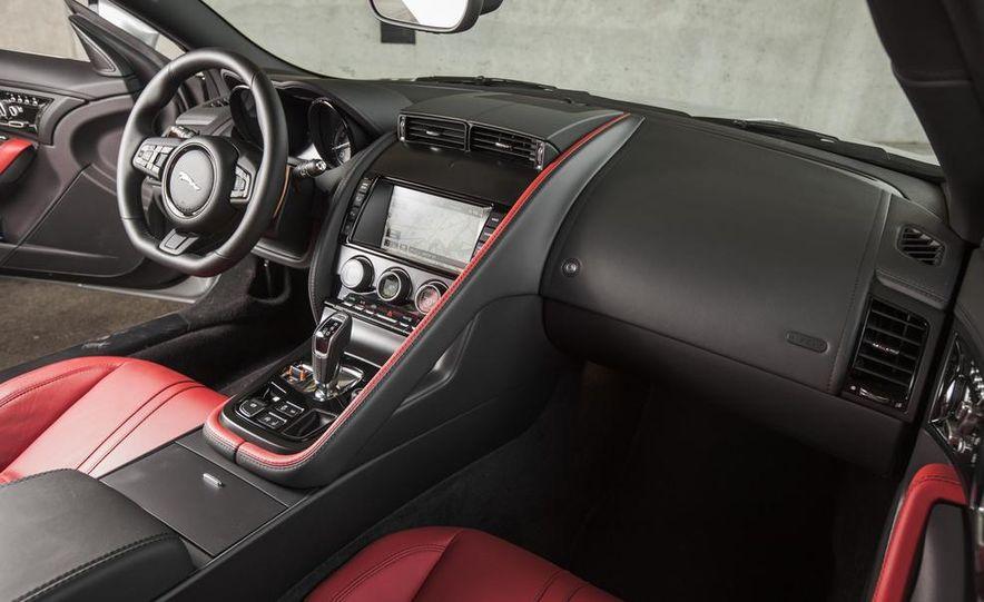 2015 Jaguar F-type V-6 S coupe - Slide 23