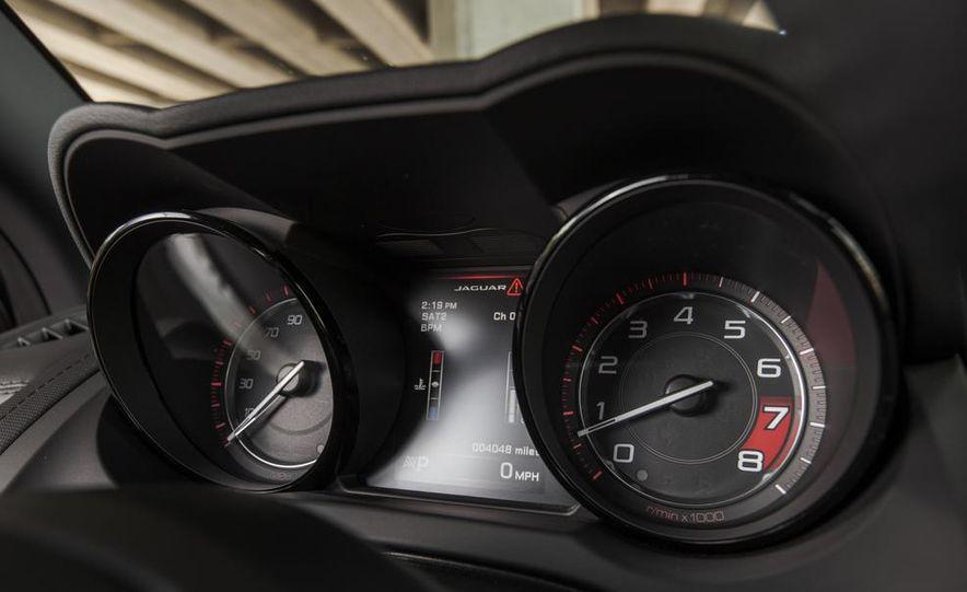 2015 Jaguar F-type V-6 S coupe - Slide 30