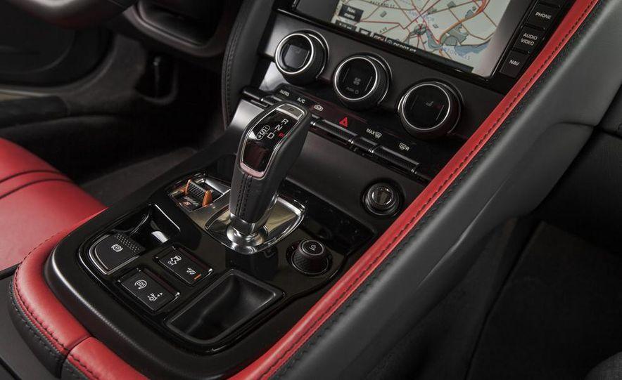 2015 Jaguar F-type V-6 S coupe - Slide 34