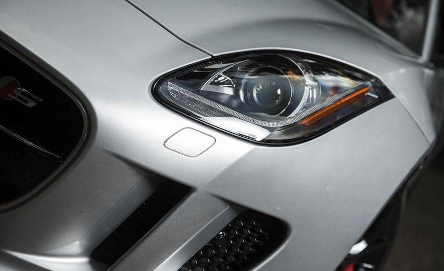 2015 Jaguar F-type V-6 S coupe - Slide 9