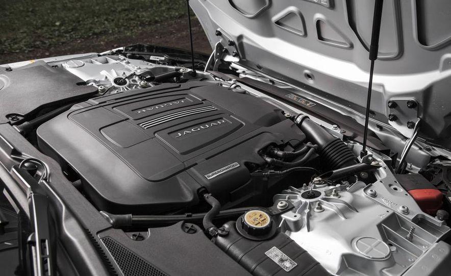 2015 Jaguar F-type V-6 S coupe - Slide 40