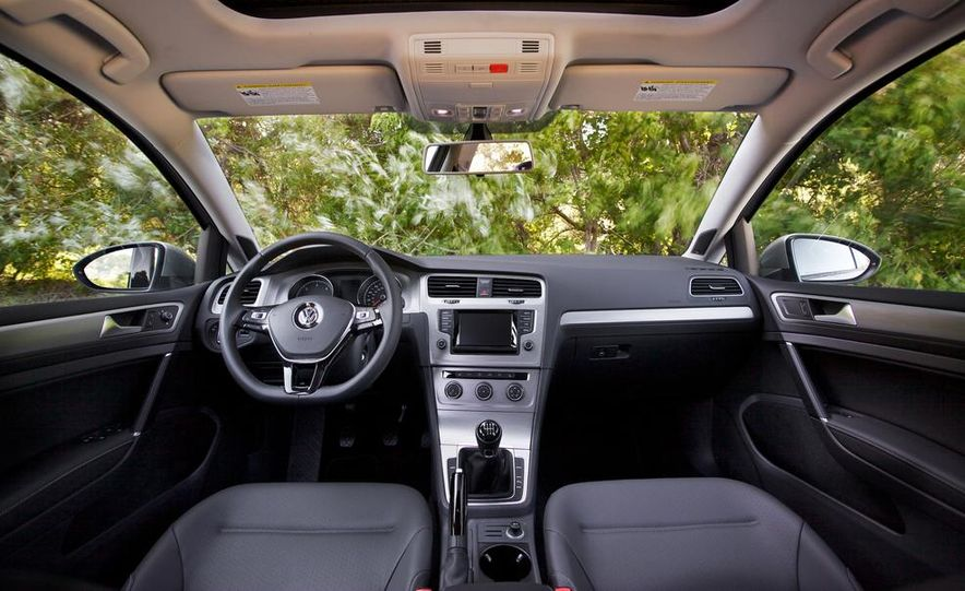 2015 Volkswagen Golf TDI - Slide 31