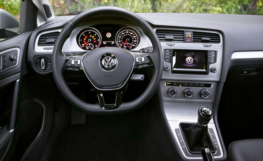 2015 Volkswagen Golf TDI - Slide 37