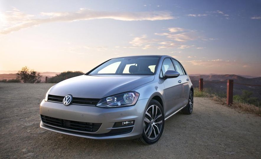 2015 Volkswagen Golf TDI - Slide 2