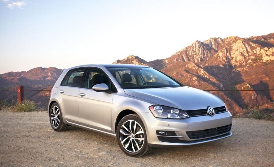 2015 Volkswagen Golf TDI - Slide 3