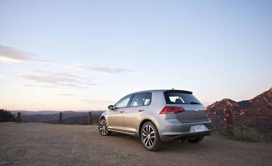 2015 Volkswagen Golf TDI - Slide 7