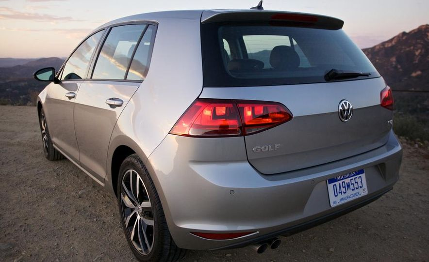 2015 Volkswagen Golf TDI - Slide 13