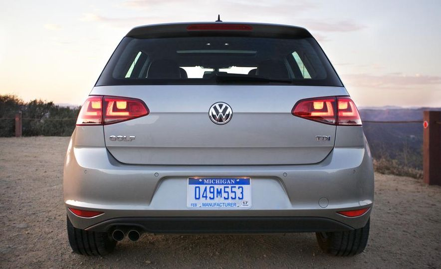 2015 Volkswagen Golf TDI - Slide 16