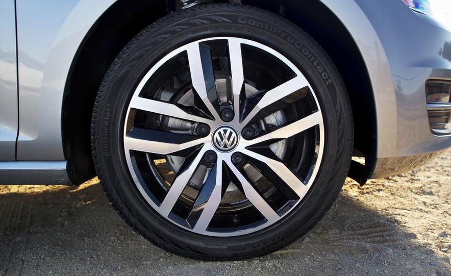 2015 Volkswagen Golf TDI - Slide 20