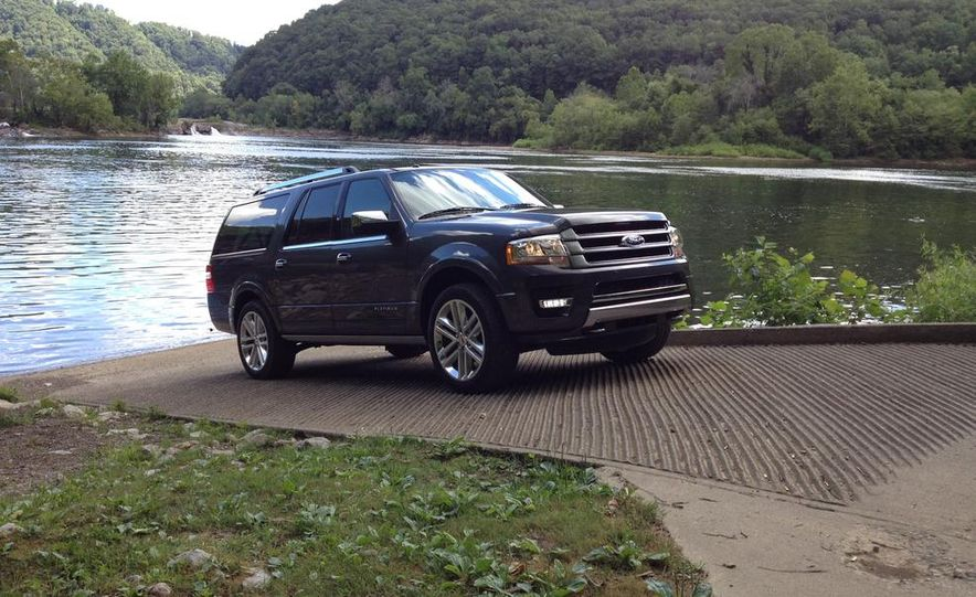 2015 Ford Expedition EL Platinum - Slide 11