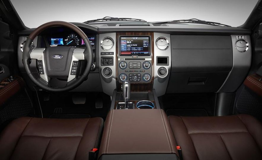 2015 Ford Expedition EL Platinum - Slide 23